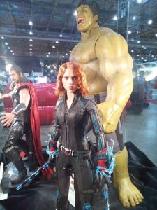 Sep 17 Black Widow Hot Toys