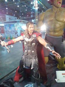 Sep 17 Thor Hot Toys